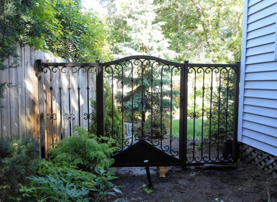 Iron gate protecting the backyard